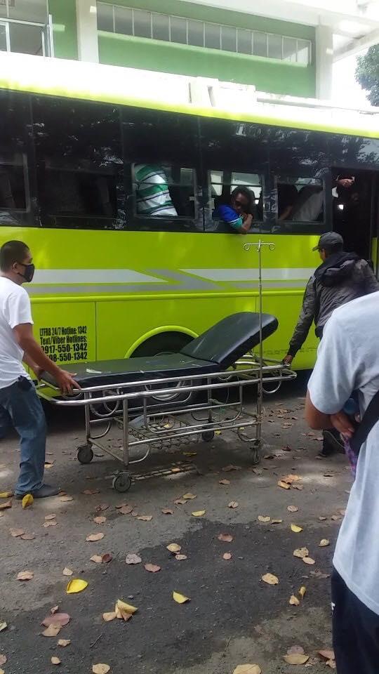mom gave birth inside a bus fetched