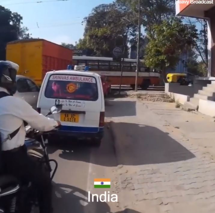 How Countries React To Ambulance Sirens India