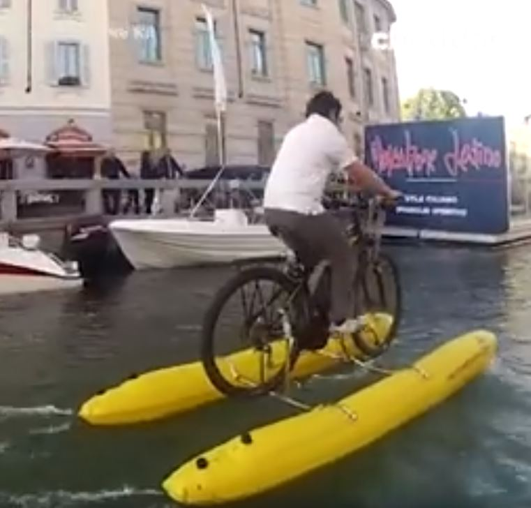 New Invention That Let's You Cycle On Water Can Be Put In A Backpack image 3